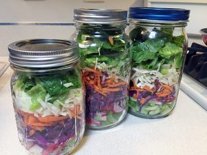 Salad_in_jars